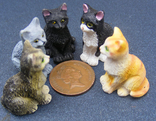 1:12 Scale Resin Resting Cat Garden Pet Kitten Tumdee Dolls House Miniature